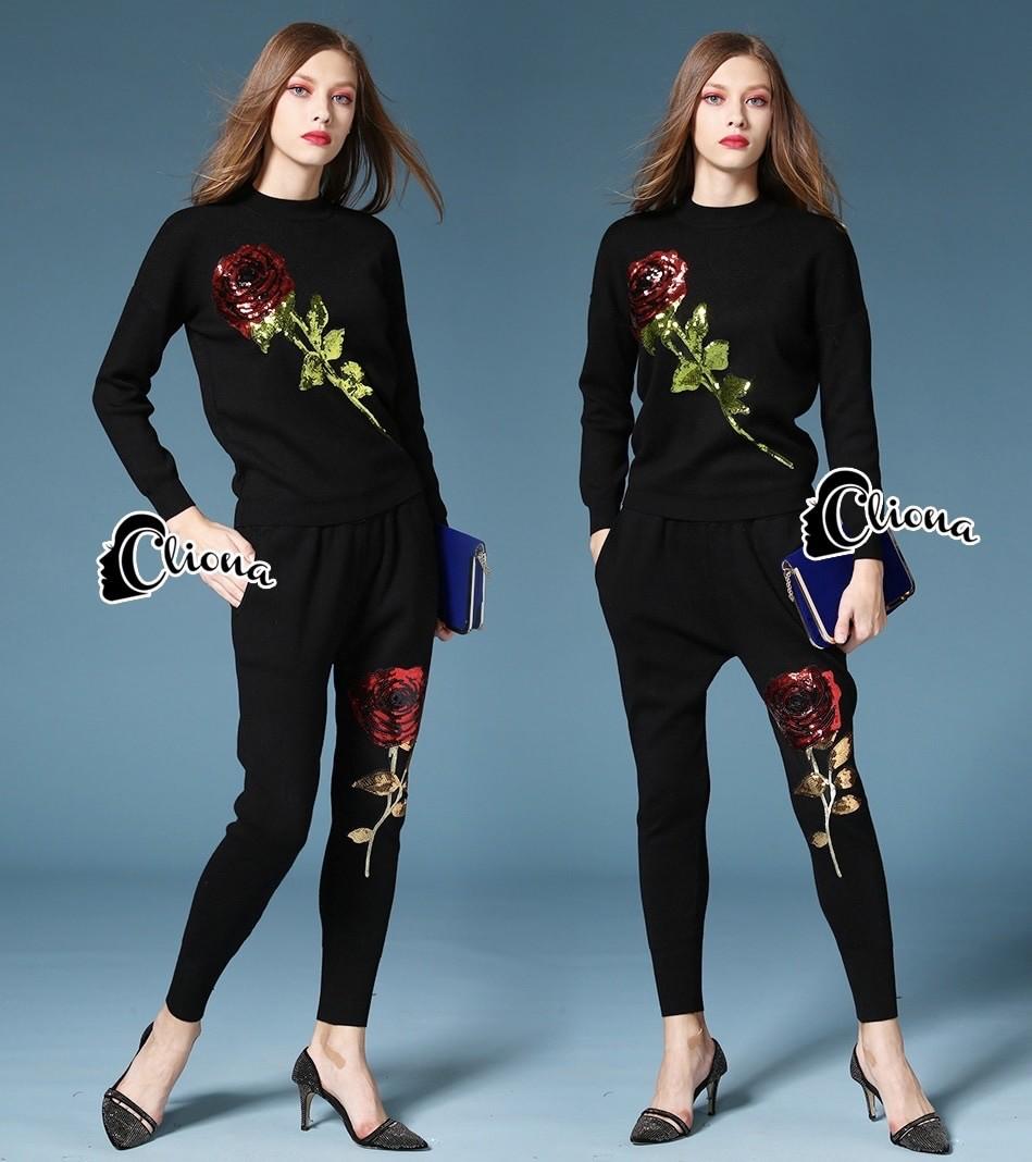 พร้อมส่ง เสื้อดำแขนยาว เย็บตกแต่งดอกกุหลาบสีแดงก้านสีเขียว