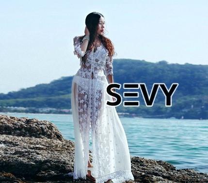 พร้อมส่ง Maxi dress ยาวสีขาว ผ้ามุ้ง