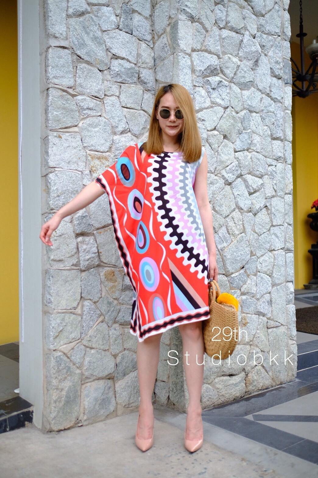เดรสเกาหลี พร้อมส่ง เดรส ผ้าพิมพ์ลายสีสันสดใส