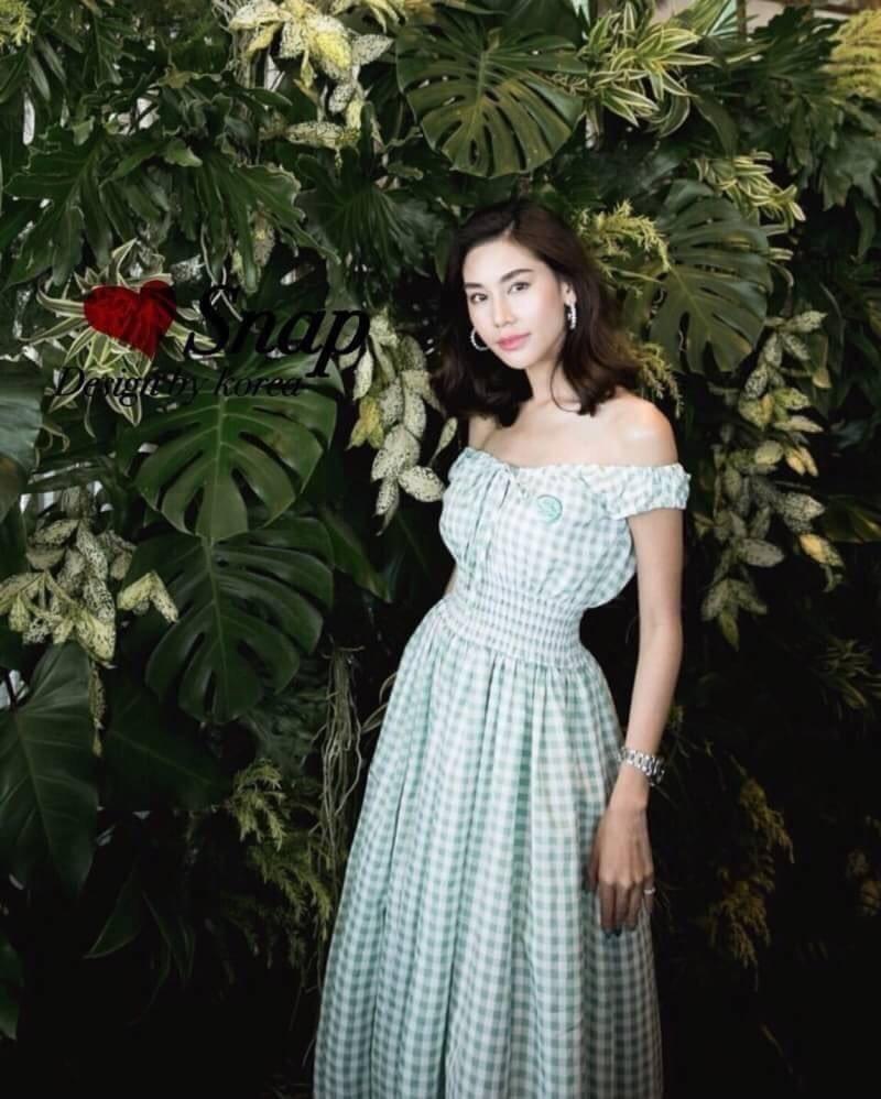 ชุดเดรสเกาหลี พร้อมส่ง Dress เปิดไหล่แขนสั้น