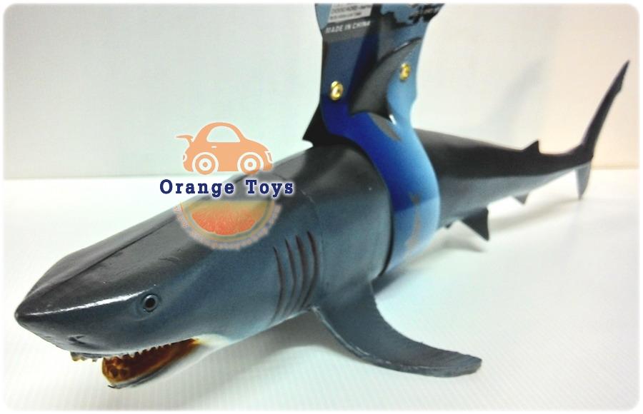 ปลาฉลามยักษ์ 17 นิ้ว ***สินค้าคละสี****