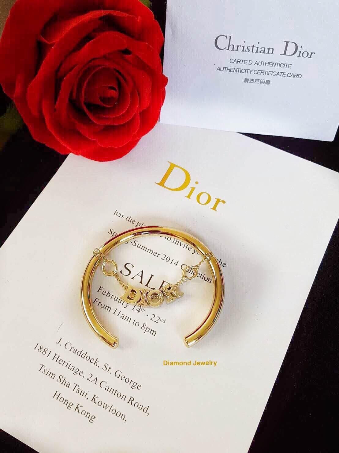 พร้อมส่ง Christian Dior Bangle