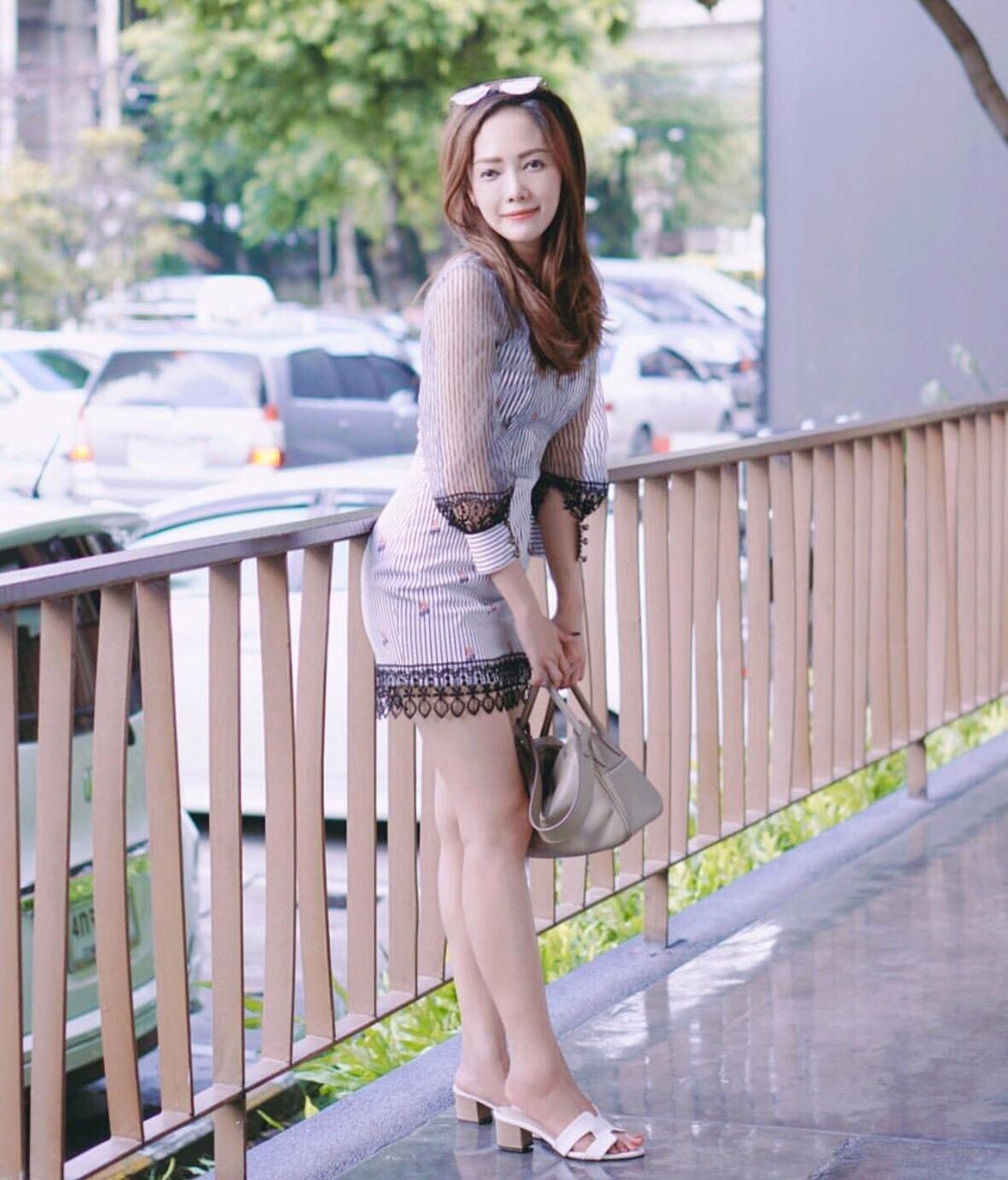 Dress ชุดเดรสเกาหลี พิมพ์ลายริ้ว พร้อมส่ง