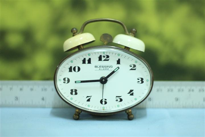 T0636 นาฬิกาปลุกเยอรมันโบราณ Blessing ส่ง EMS ฟรี
