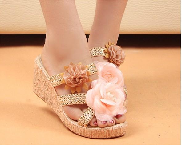 (พรีออเดอร์) รองเท้าแฟชั่น ดีไซด์หวาน ใส่สบาย สูง 2 นิ้ว