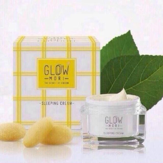 (ส่งฟรีEMS)Glow Mori Sleeping Cream