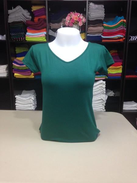 """เสื้อยืดคอวี สีเขียวใบไม้ size """"M"""""""