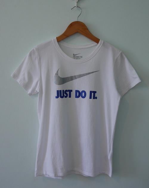 jp5130 เสื้อยืดสีขาว สกรีนลาย Nike Just Do It