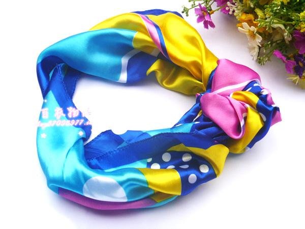 ผ้าพันคอผ้าซาติน Colorful Style