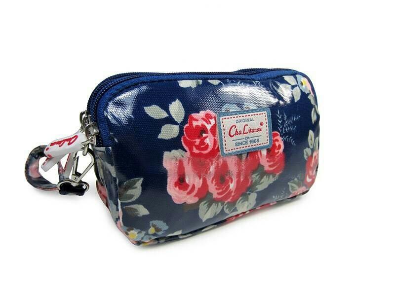 กระเป๋าคล้องมือ Chalita wu สีน้ำเงิน