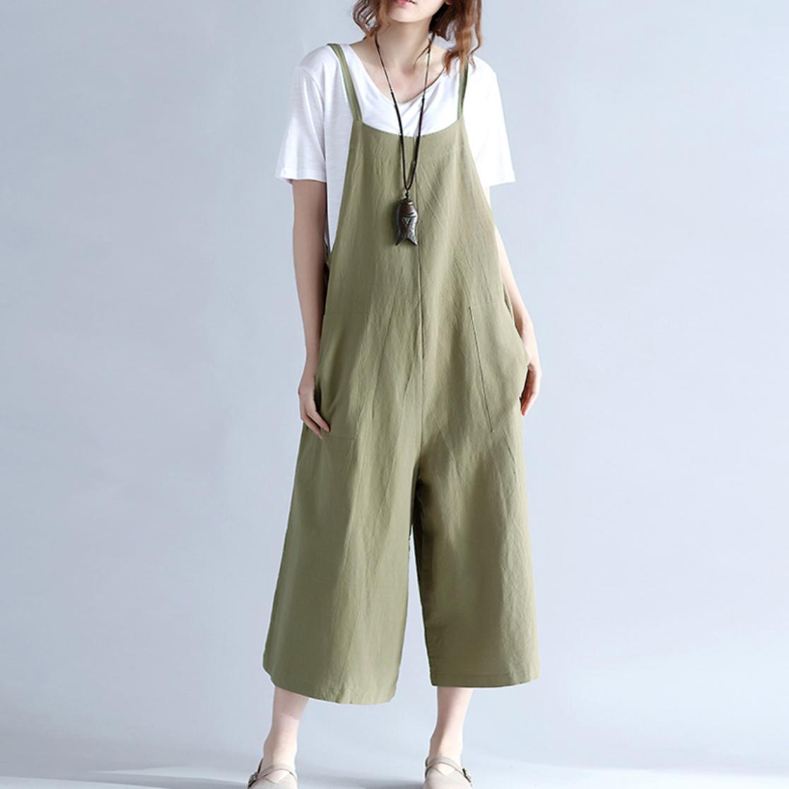 เอี๊ยมกางเกงสีเขียว (ไม่มีเสื้อตัวใน)