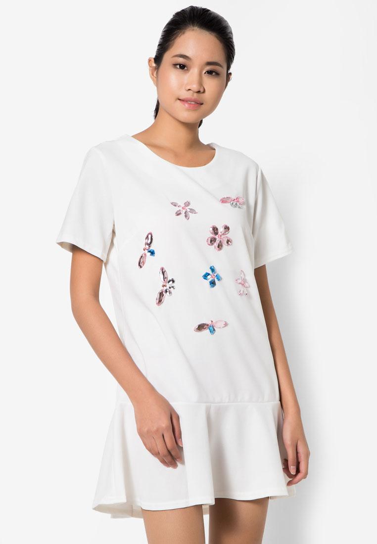 ชุดเดรส Floral Crystal Stitching
